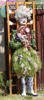 Foliage Scarecrow